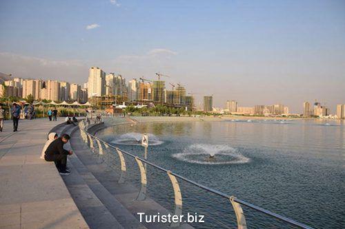 دریاچه چیتگر در غرب تهران